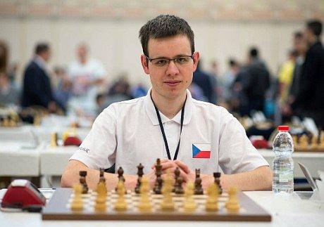 DAVID NAVARA – ŠACHY, ČLOVĚK A DUŠE   Jihomoravský šachový svaz